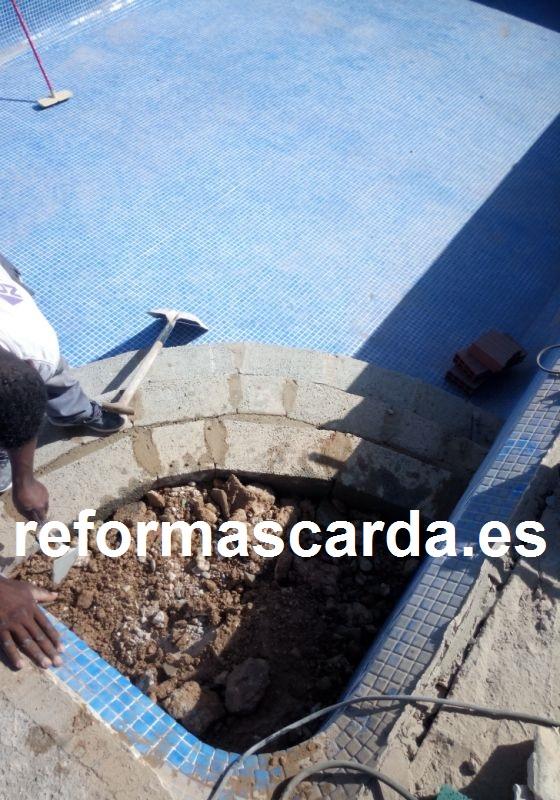 Construccion de escalera romana de piscina escalera for Se hacen piscinas hormigon